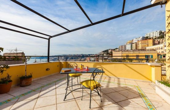 Bright Rooftop Apartment – Corso Vittorio Emanuele